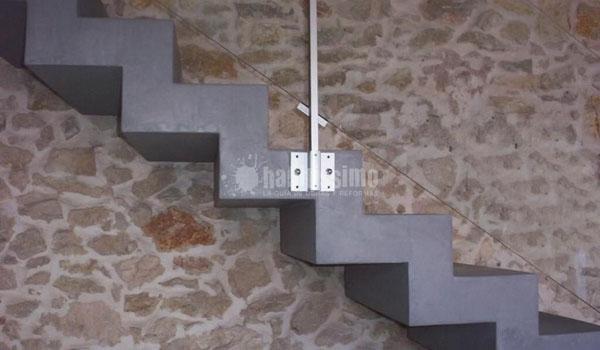 Cemento pulido escalera for Hormigon pulido interior