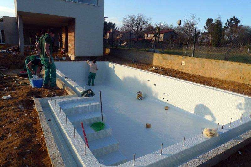 Construcci n de una piscina ad arquitectura for Piscinas de ocasion