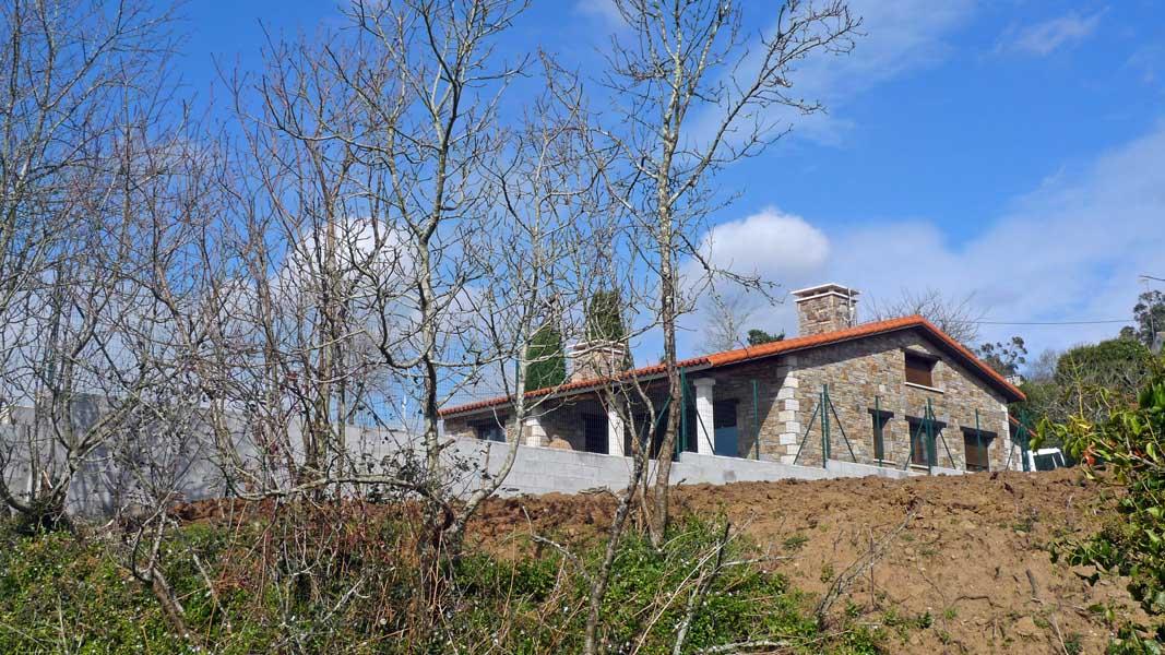 Vivienda en coir n laracha ad arquitectura for Piscina laracha