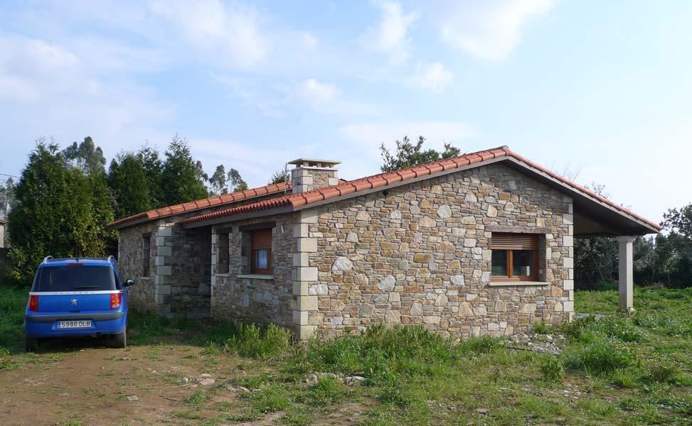 Vivienda en o val nar n ad arquitectura for Piscina de naron