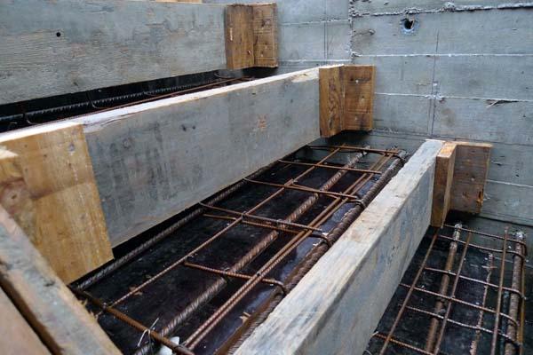 Construcci n de una escalera volada ad arquitectura for Construir escalera de concreto
