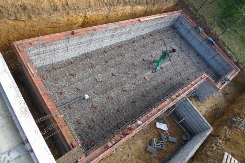 Construcci n de una piscina ad arquitectura for Piscina desbordante precio